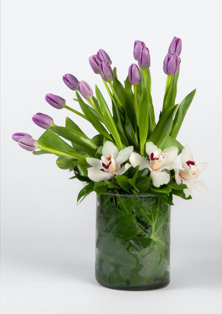 orquideas-tulipanes-purpura-flores-a-domicilio-993x1400px