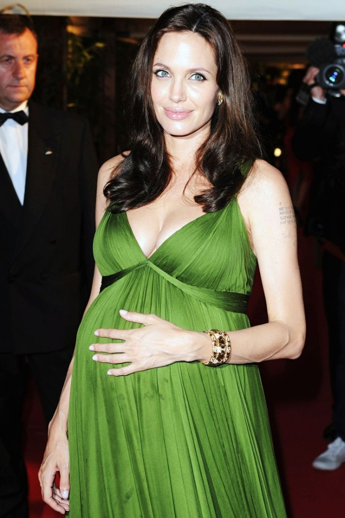 angelina-jolie-embarazada