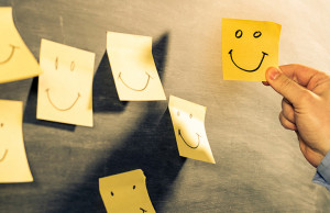post its cara feliz