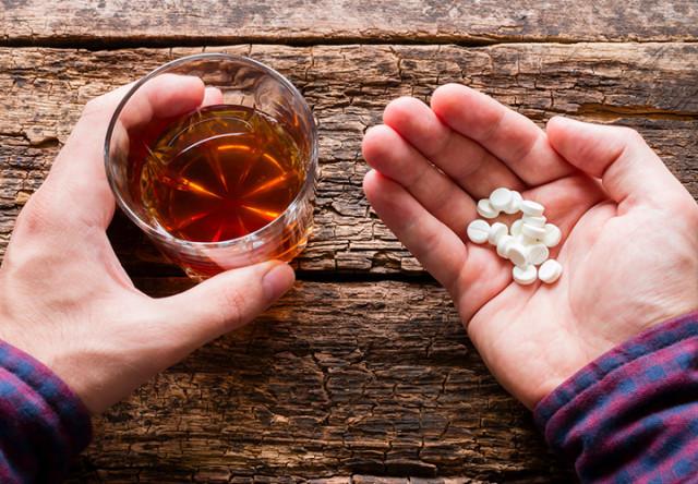 alcohol y pastillas
