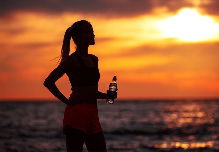 Cada cuanto tomar agua alcalina