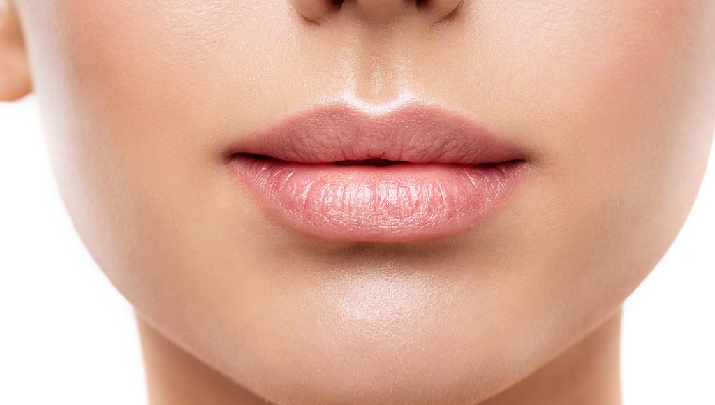 La importancia de cuidar bien tus labios