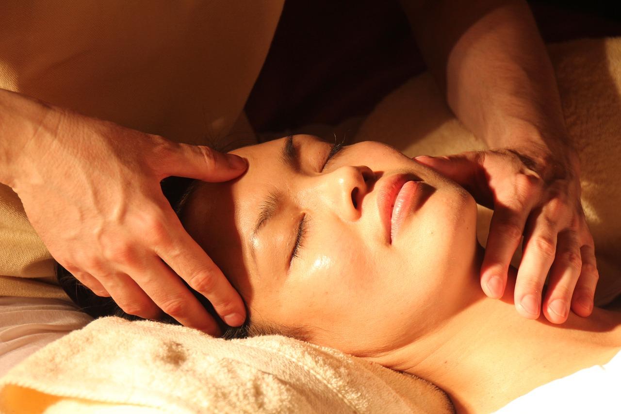 ¿Cómo funcionan los tratamientos faciales?
